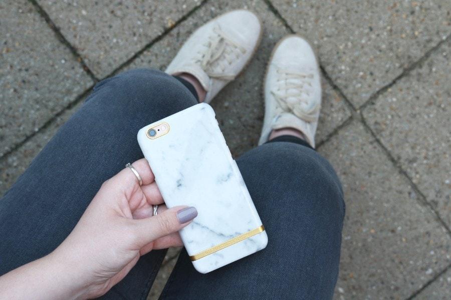 0 iphonecase